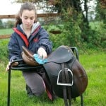 girl tack cleaning