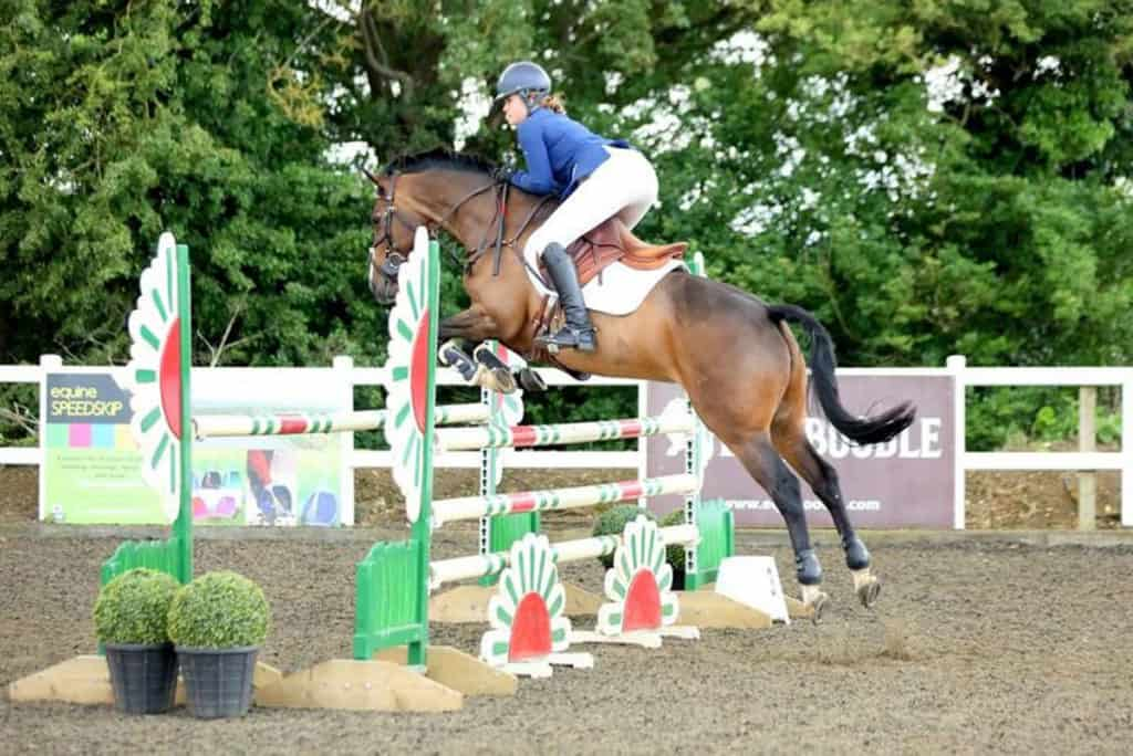 Georgia competing show jumping